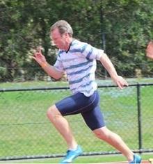 Ernie Leseberg sprinting image